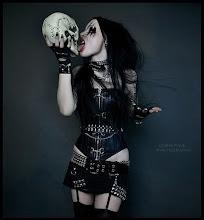 Alma dark