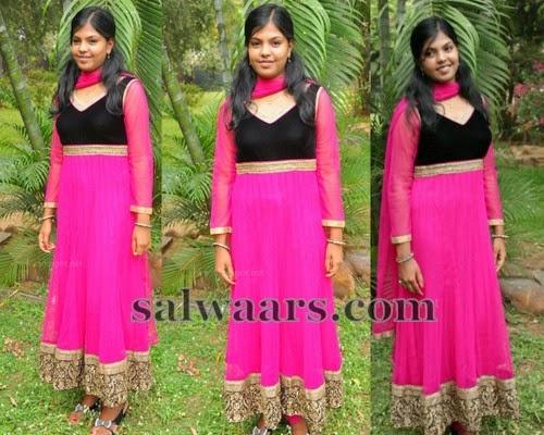 Suganya Pink Salwar Kameez