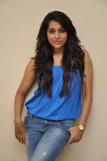 Rashmi Gautam sizzling Pictures 018