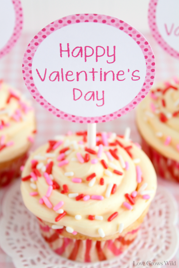 i am so smitten with how these cupcake toppers turned out and just because i love you so much - Valentine Cupcake