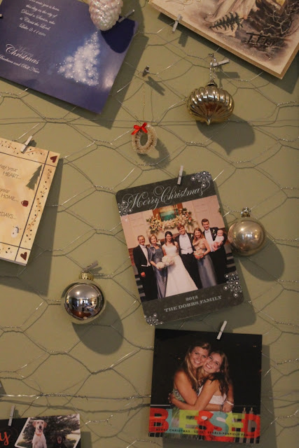 attach cards to chicken wire