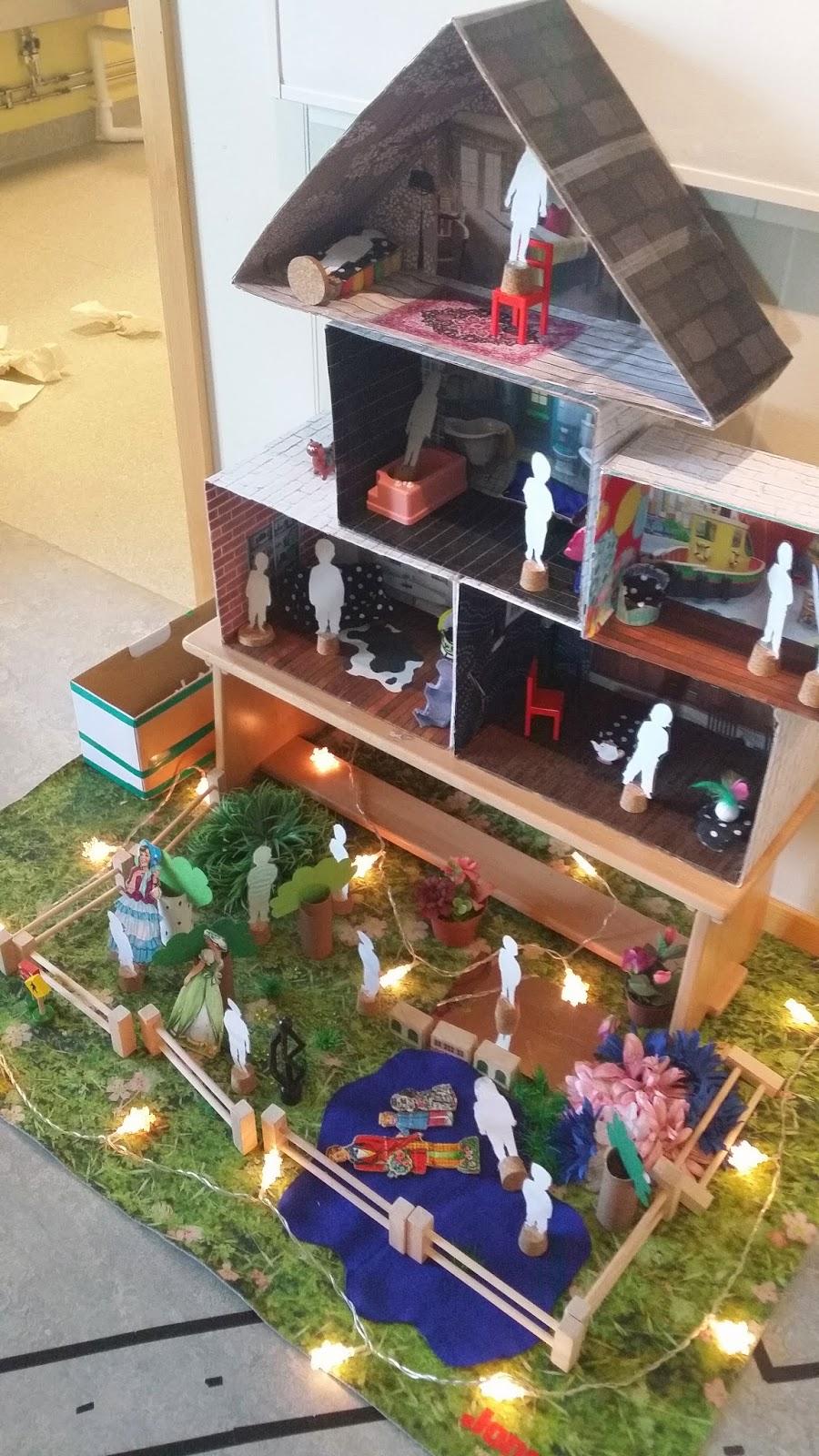 Kreativa barn: hus av skokartonger