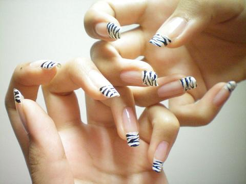 Flames Onthesideofmyface Zebra Nail Designs Acrylic Nails