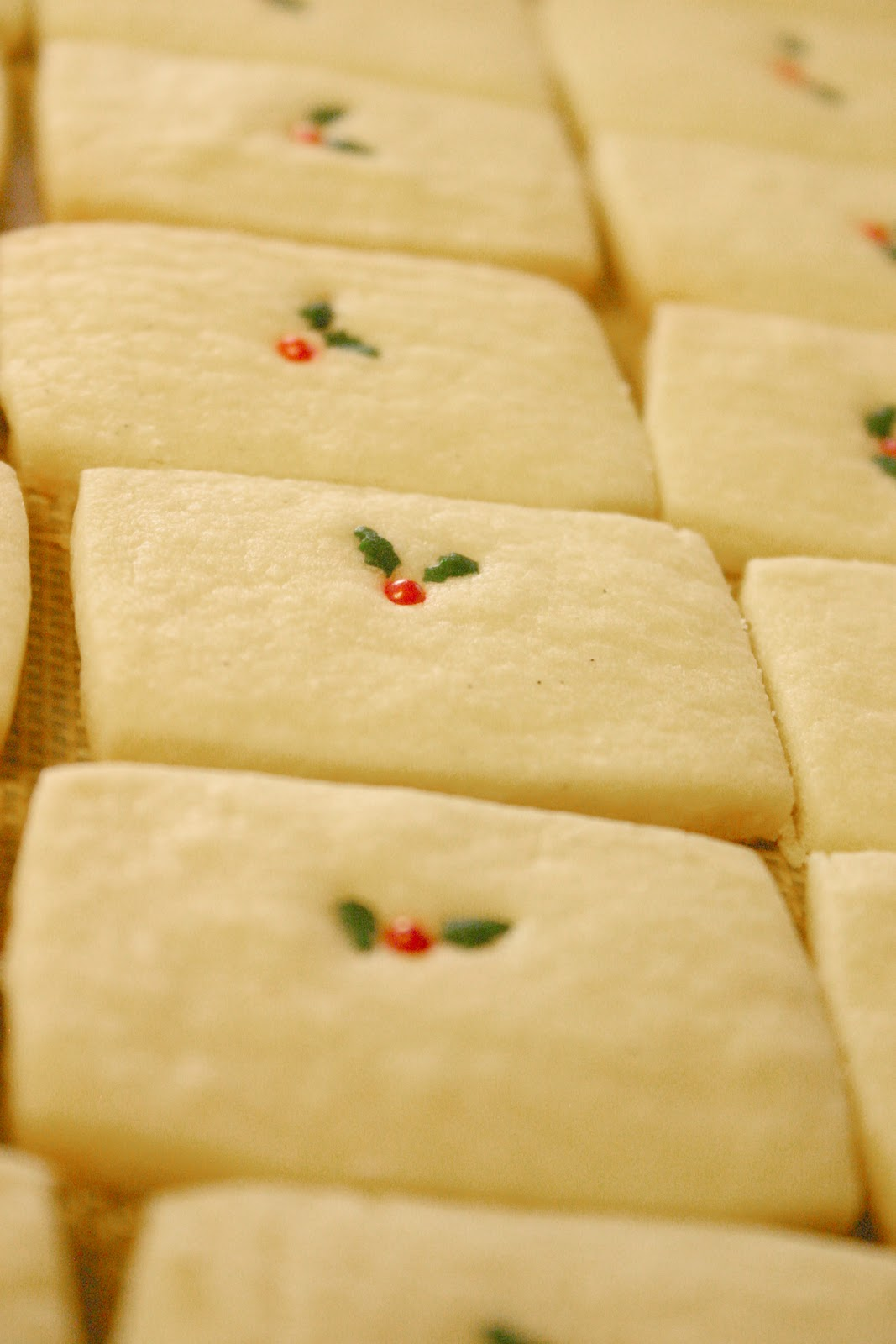 Pinterest cookbook: Vanilla bean shortbread cookies