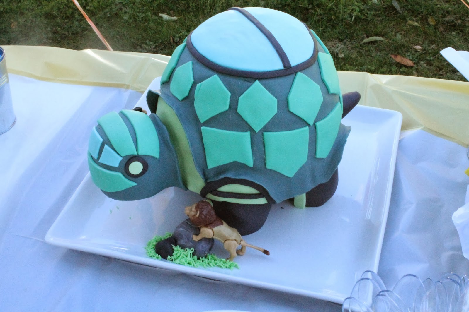 Birthday Cake Images Hq : Sarah Leavitts  Cakes: Wild Kratts Tortuga Birthday Cake