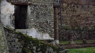 Puerta Marina - Entrada a la Villa Imperial vista desde la rampa de acceso