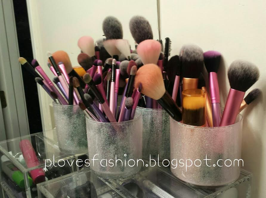 I'm excited to share today's post with you because I've wanted to make these makeup brush holders for the longest time! Now that I've finished them, ...