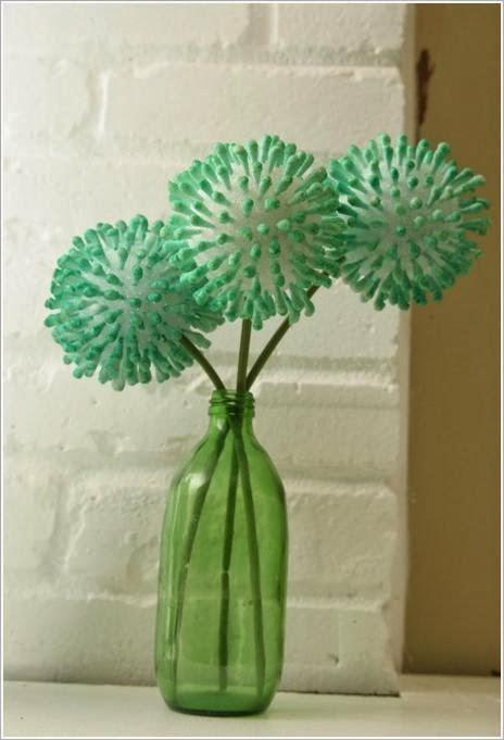Декоративные шары из ватных палочек Decoration of cotton sticks