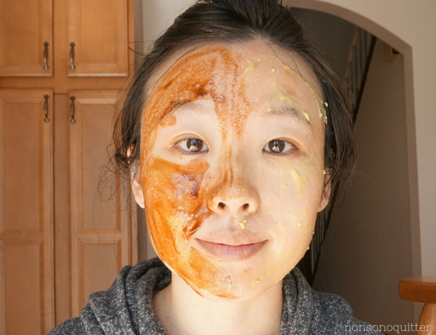 The Buzz Off: Two Oil-Free DIY Masks Recipes 1) Acne-fighting 2) Dry Skin, Manuka Honey, Raw Honey, Avocado, Royal Jelly, Propolis, Greek Yogurt, Deer Velvet Antler Honey, Hanbang, Rosehip oil.