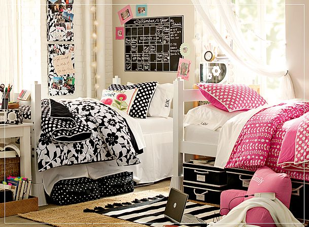 Another idea to decor your dorm room is adding lanterns  ~ 193634_Beautiful Dorm Room Ideas