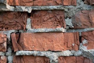 Кирпичная кладка с цементом