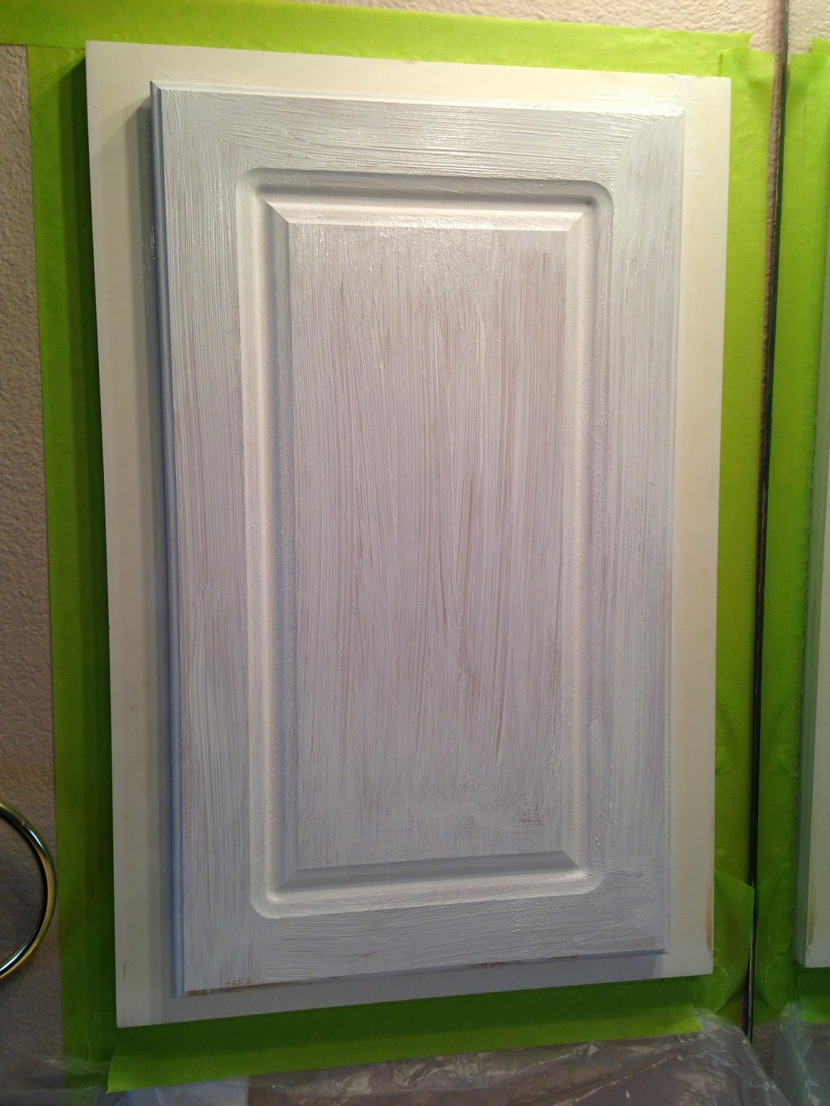 The ragged wren painting laminated cabinets for Best paint for kitchen cabinets oil or latex
