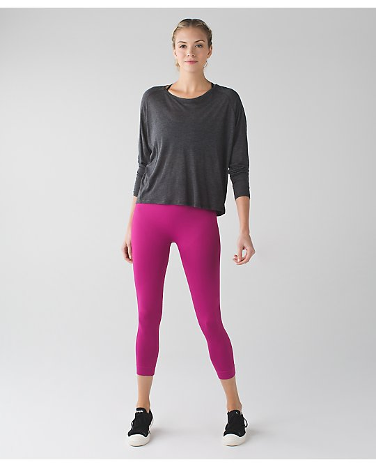 lululemon raspberry-zone-in-crop