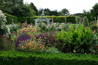 Upton Wold Gardens, Gloucestershire