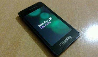 RIM acaba de anunciar que BlackBerry 10, la nueva plataforma que portarán los futuros BlackBerry, tendrá un evento de lanzamiento oficial el 30 de enero de 2013. El lanzamiento será simultáneo en diferentes países al rededor del mundo y prometen ofrecer mayores detalles sobre la nueva línea de equipos que vendrán, así como las fechas exactas de disponibilidad. Había mucha especulación sobre la fecha exacta en que RIM mostraría la versión final del sistema operativo para sus nuevos terminales, alguno especulaban a finales del primer trimestre de 2013 pero afortunadamente es mucho antes. Hasta ahora hemos visto algunos detalles de