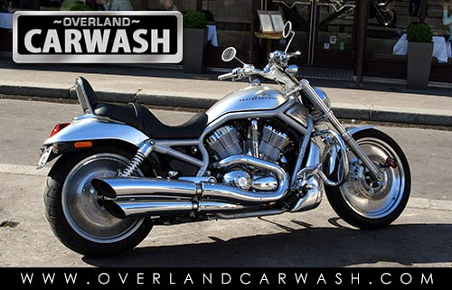 motorcycle-hand-wash-los-angeles