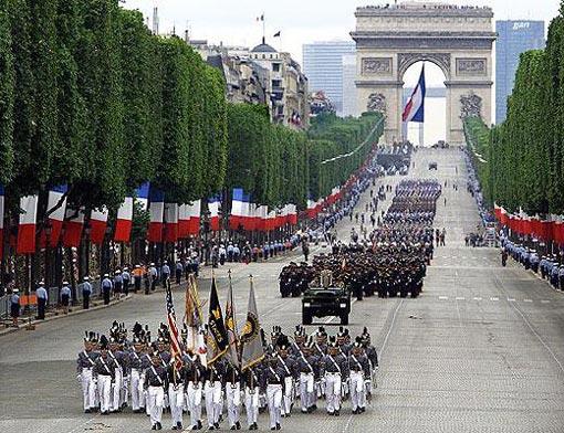 Bastille Day - Εθνική Γιορτή Γαλλίας