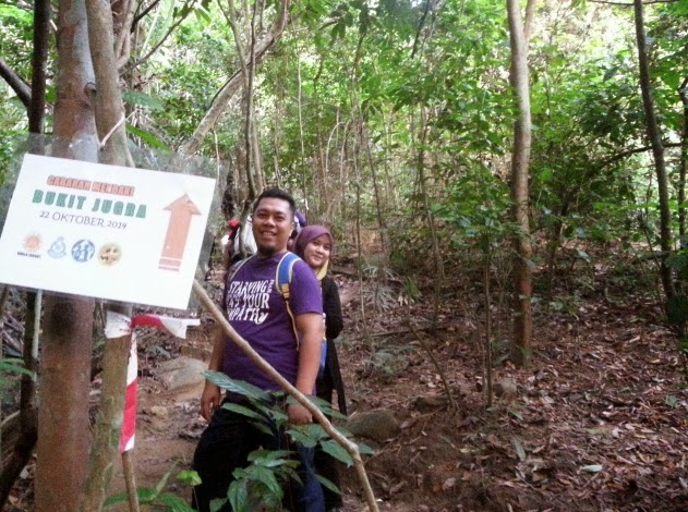 Mendaki ke Puncak Bukit Jugra.