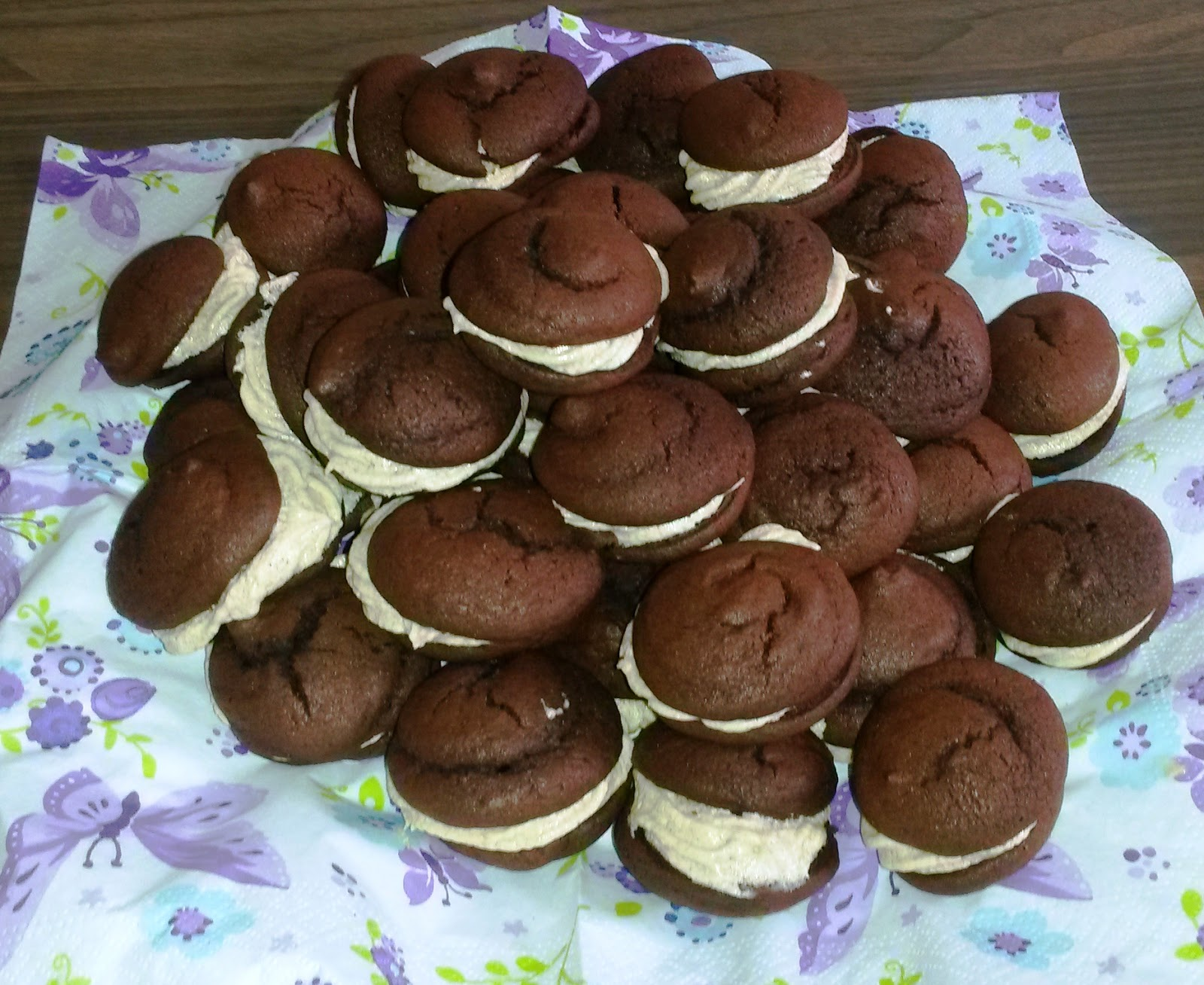 jasmin 39 s bake heaven whoopie pie woche tag 5 kaffee whoopies. Black Bedroom Furniture Sets. Home Design Ideas