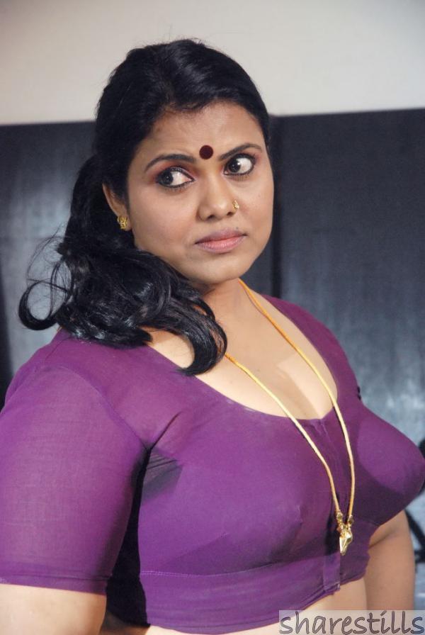 Hot Indian Aunties Sexy Photos Saree Pics: Exbii Indian Aunty