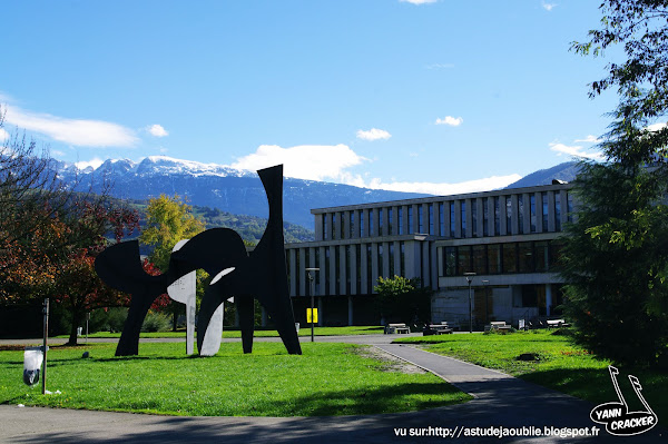 St Martin d'Heres - Campus Grenoble  FRONT  Pierre SZEKELY  1971 calder 1975 cornue