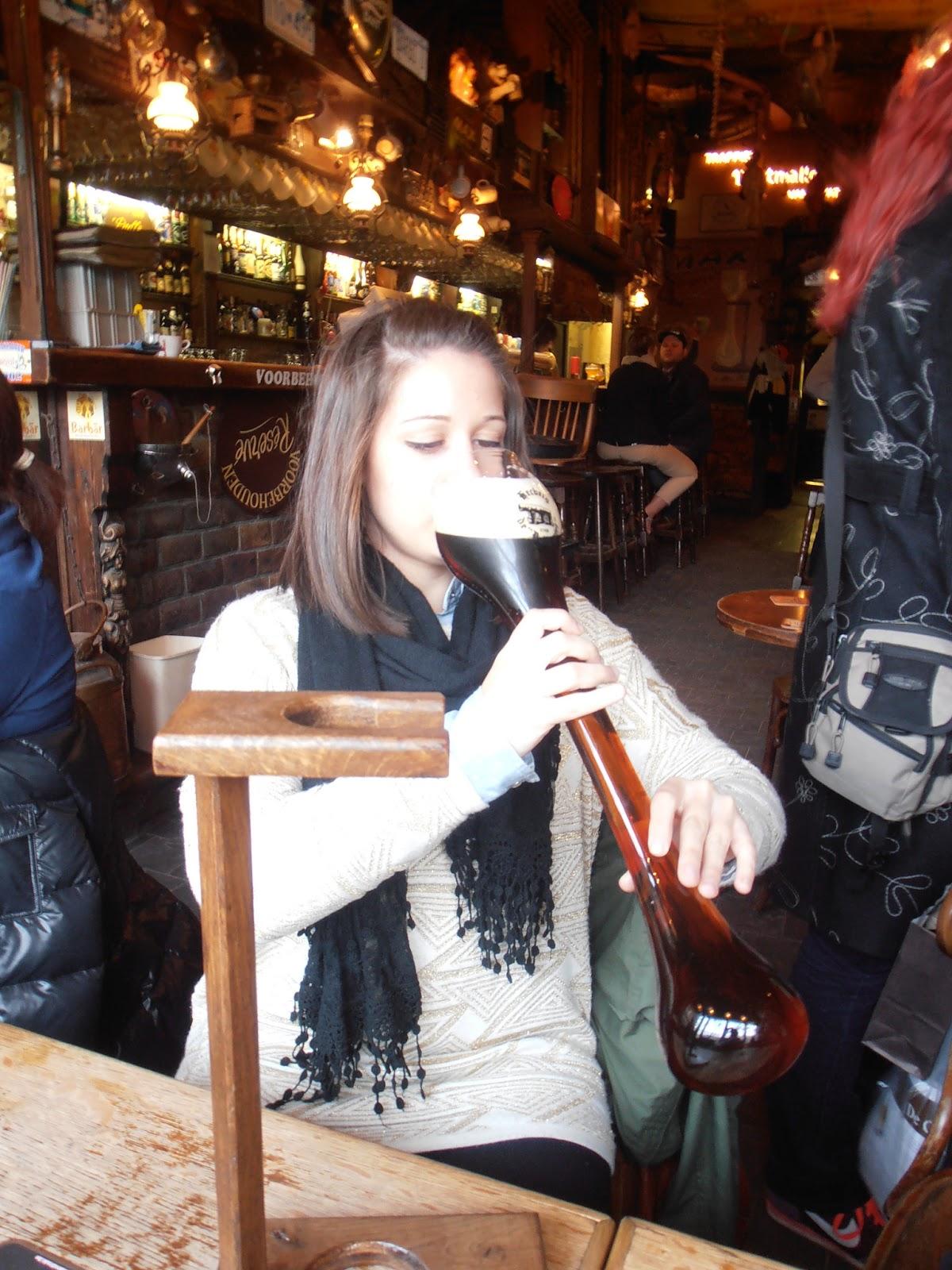 El alcoholismo a las mujeres del vídeo