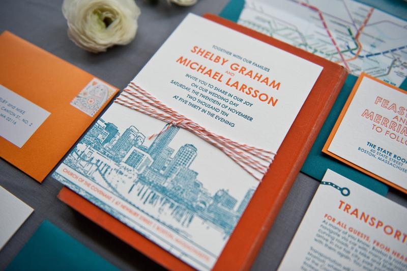 desain kartu undangan berwarna yang unik