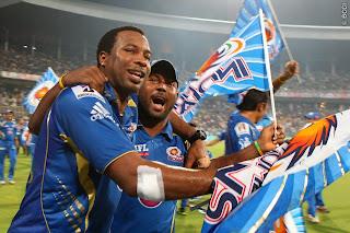Kieron-Pollard-celebrate-Winning-IPl-2013