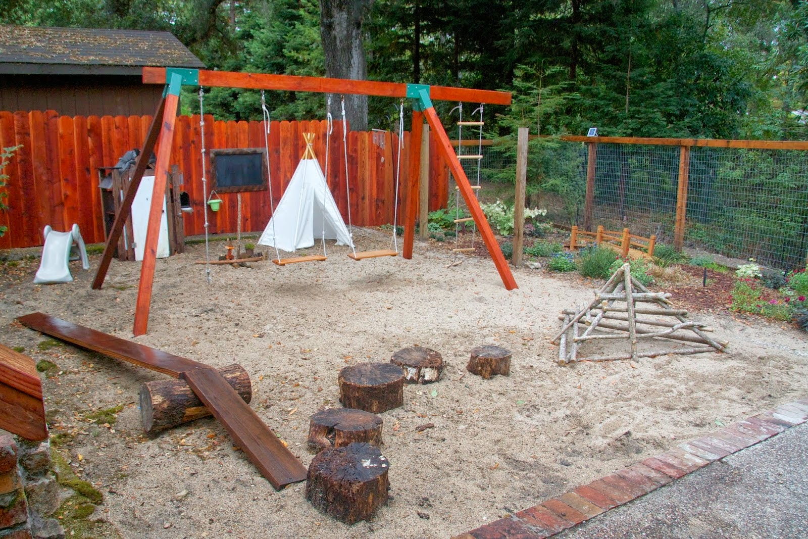 Hayley at Leaving the Ivory Tower built a Natural Materials Playground ...
