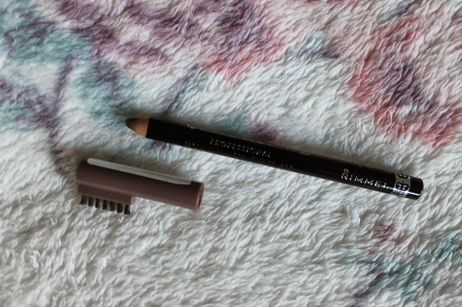 Eyebrows 101: Rimmel London Professional Eyebrow Pencil