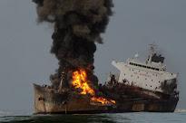 Temor a los vertidos tras el incendio de un buque petrolero frente a Veracruz