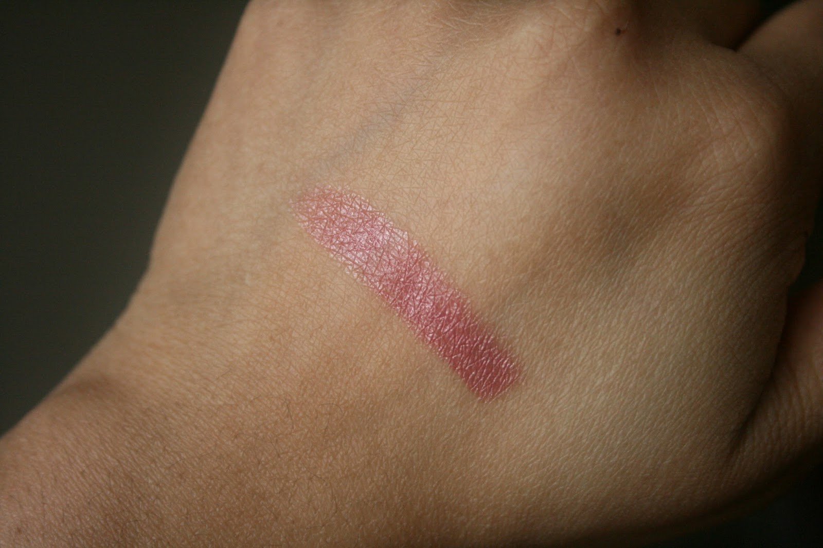 Guerlain Kiss Kiss Lipstick In Beige Booster #303 Swatch