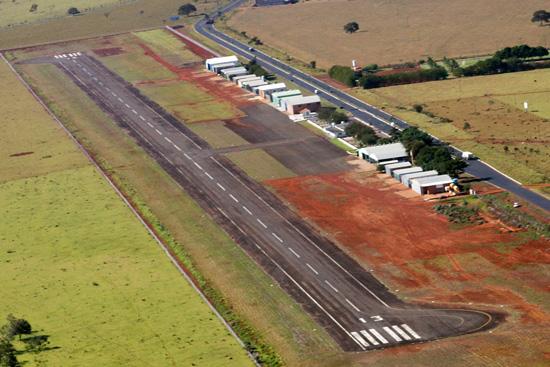 Boatos: Prefeitura esclarece postagens falsas sobre o Aeroporto Municipal