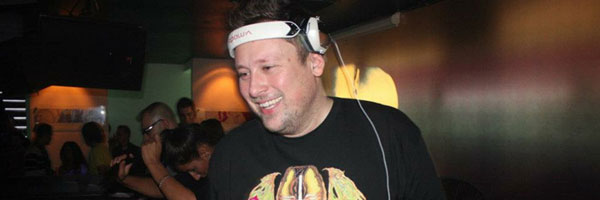 Umek - Live @ Behind The Iron Curtain 048 (Proton Radio) &#8211; 01-06-2012
