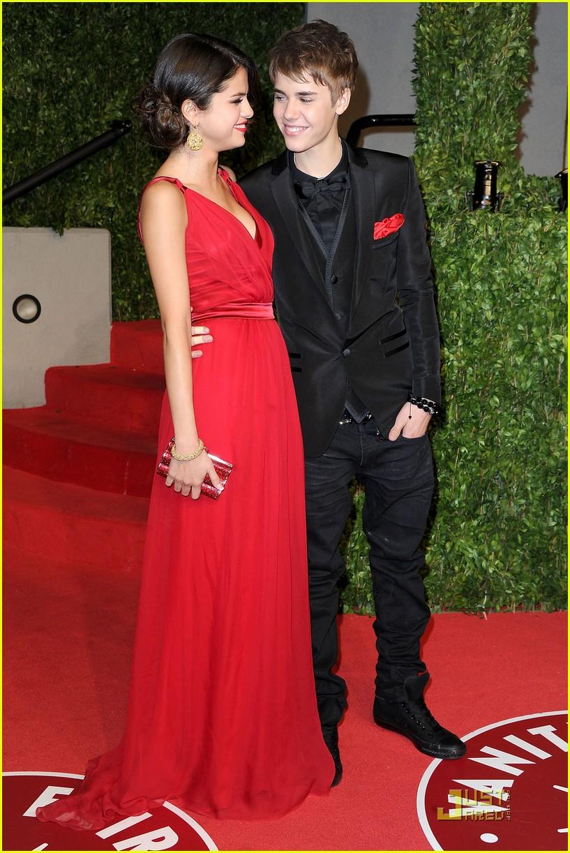 justin bieber with Selena Gomez 9