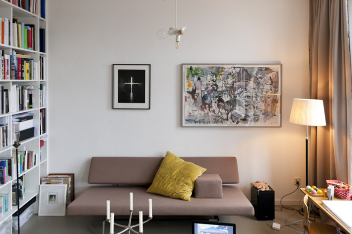 Amie Dicke Amsterdam apartment living room