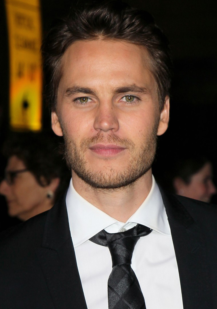 Taylor Kitsch Profile And Pictures-WallpapersTaylor Kitsch