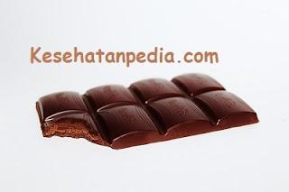 Manfaat makan coklat untuk kesehatan tubuh