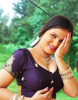 Manju-Sobhana-hot-Tamil-Actress-5
