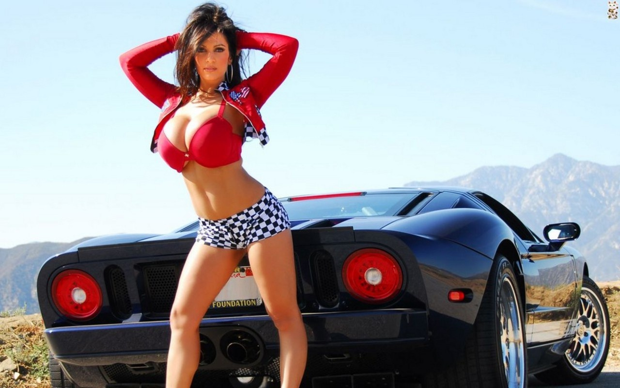 Lamborghini Murcielago Girls Photos And Wallpapers In Automotive Cars