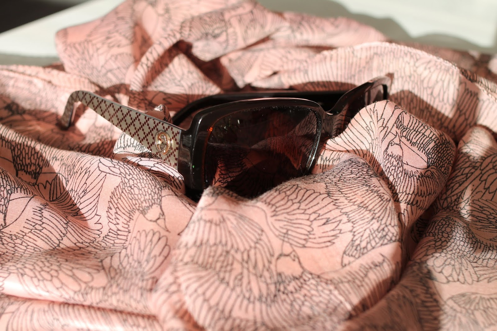 gucci sunglasses eyewear aurinkolasit