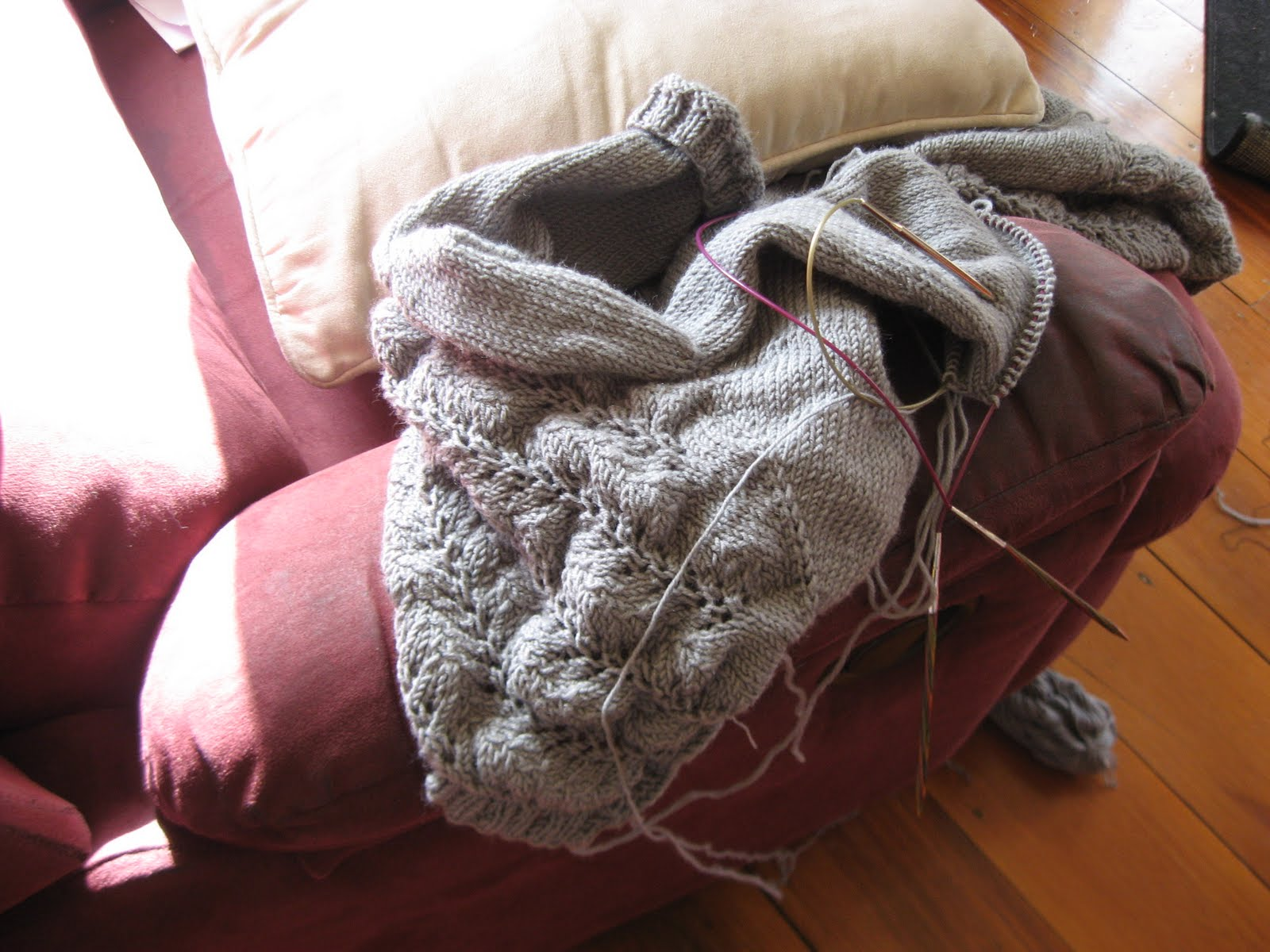 The Complete Fabrication: The Knitting Naughty Corner