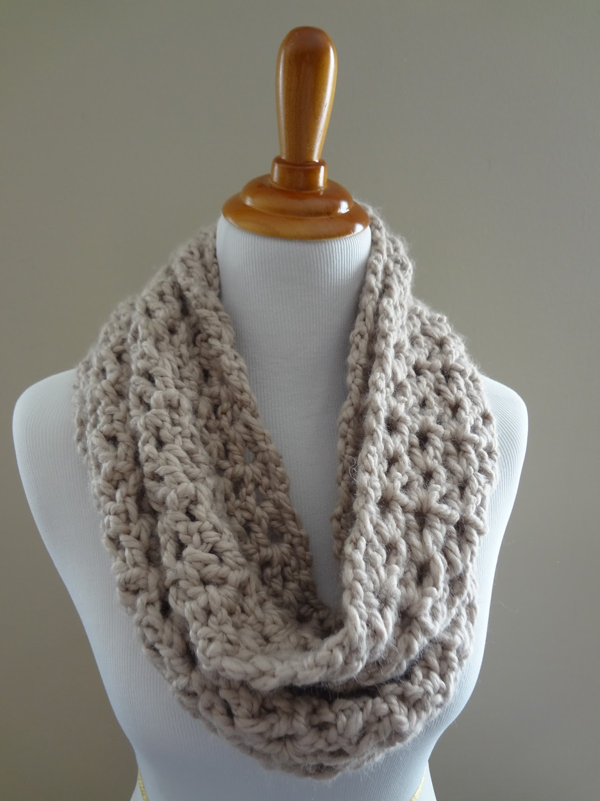 Free Crochet Pattern Pavement Infinity Scarf : Moved Permanently