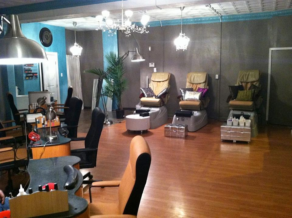 For the love of fashion life love music beauty for Small nail salon interior designs