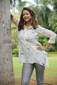 Lakshmi Manchu latest photo shoot gallery-thumbnail-12