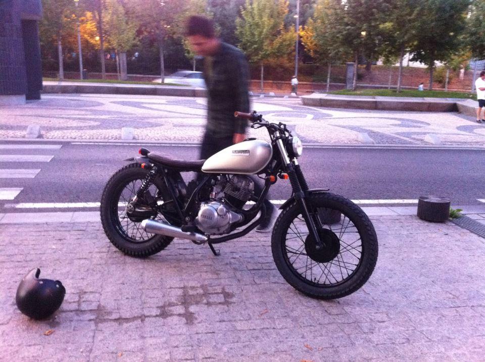 milchapitas kustom bikes yamaha sr125 by cafe racer. Black Bedroom Furniture Sets. Home Design Ideas