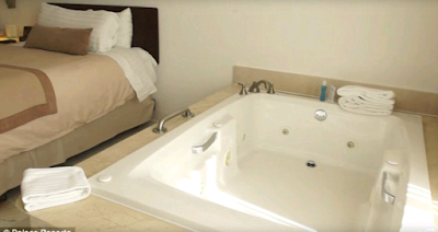Husband and wife sex jacuzzi
