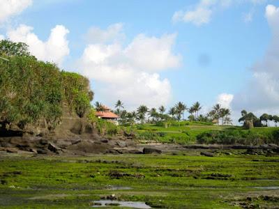 Pura Tanah Lot Beach Bali Indonesia
