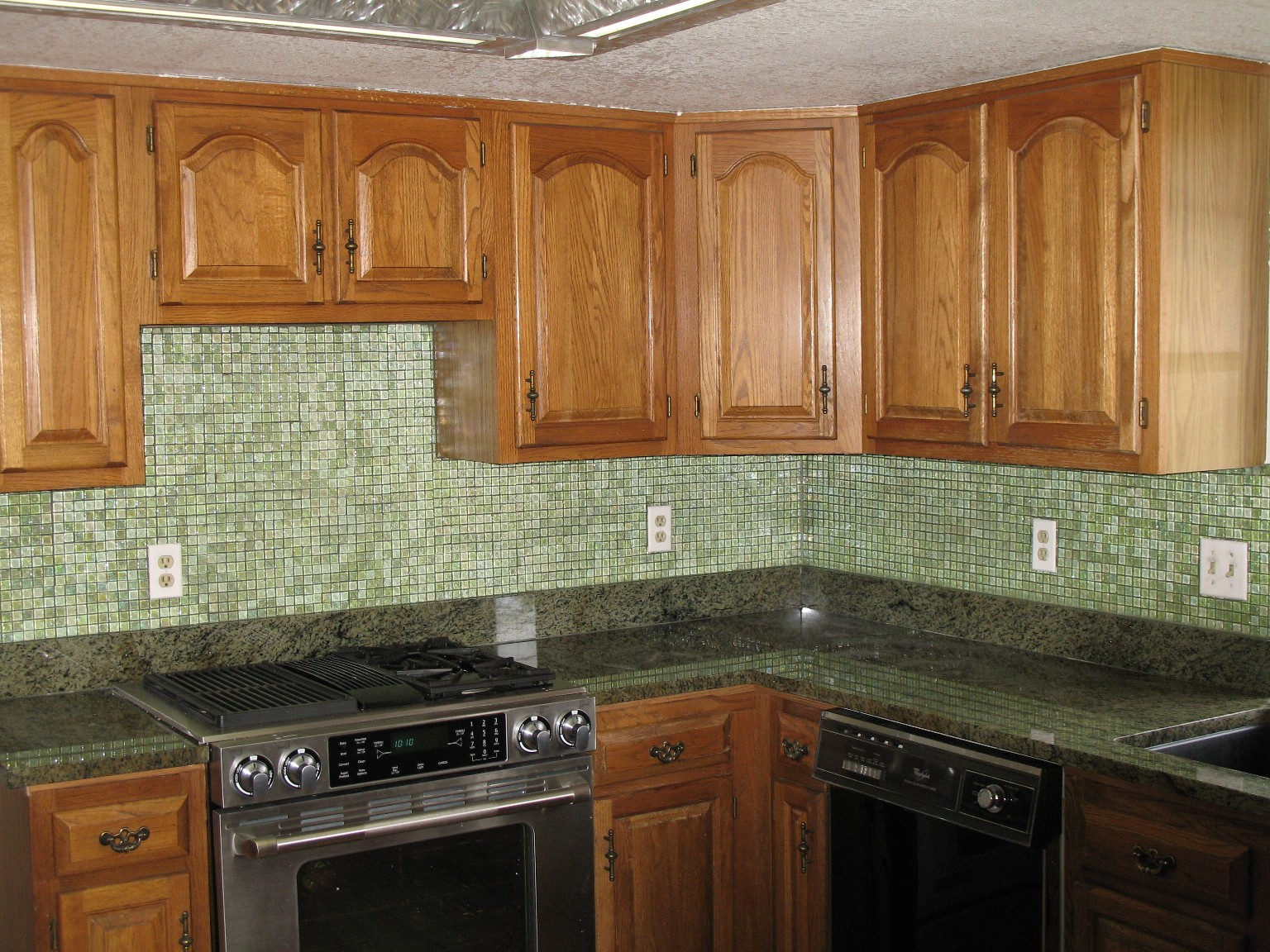 kitchen backsplash tiles ideas on budget kitchen backsplash tile Kitchen backsplash ideas