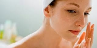 Cara Termudah Menghilangkan Flek Hitam Di Wajah